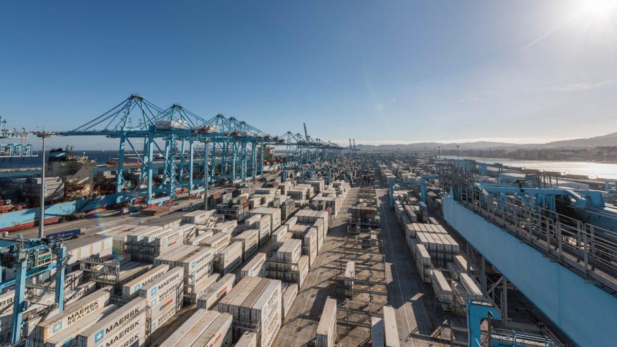Maersk confirma la caída de su actividad en el puerto de Algeciras para 2020 - El Mercantil