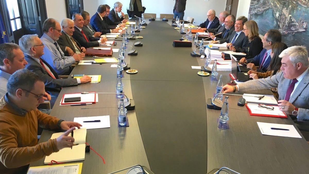 El puerto de Valencia ajusta a menos de 300 millones de euros su inversión en la terminal norte - El Mercantil